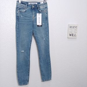 Zara Push up Cropped Jeans size 2 New
